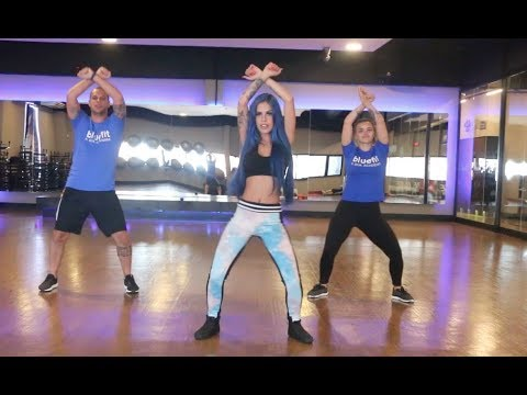 COREOGRAFIA REBELDE E ABUSADA - BLUE FIT TATI ZAQUI