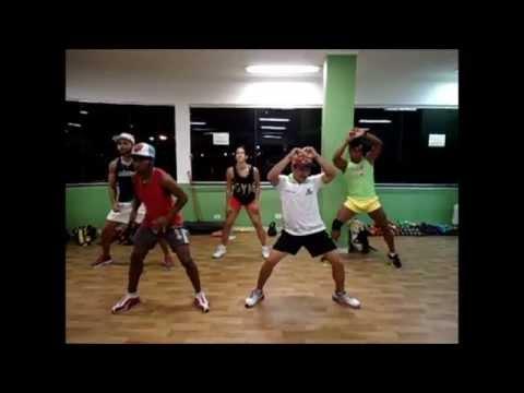 Mc Tati Zaqui - Parara Tibum Coreografia Tom Fernandes