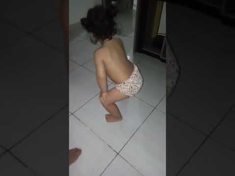 Maria jullya dança paradinha da Anitta