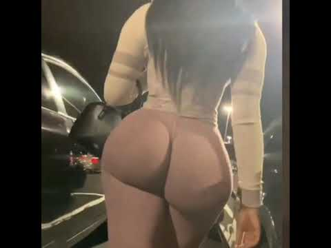 Bunz4ever xxx Big Booty Twerk Video shopping
