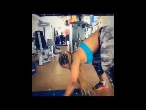 LilytheGenie aka Corazon Kwamboka THICK ASS booty tights leggings nigerian twerk booty shake