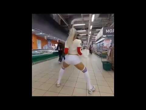 Twerk Master 3000 NOT PORN - Sexy Girl Twerking Booty Shaking Hot Model Big Butt Latina Dancer